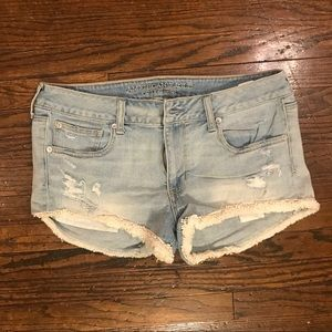 American Eagle faded jean short